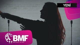 Leyla Kafari və Babaeff Dark - Sən Hamı Kimi Deyilsən