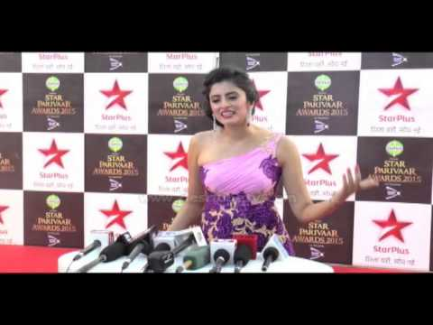 Yeh Hai Mohabbatein Actress Mihika Looking EXTRA HOT On The Red Carpet Of Star PArivaar Award