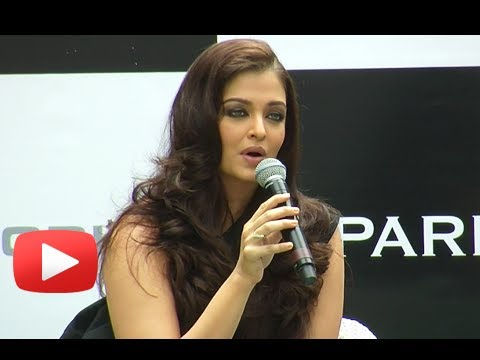 Aishwariya Rai Shouts At A Journalist When Called Her A Senior Actor
