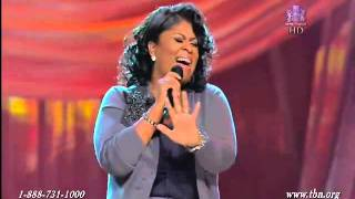 Kim Burrell 'It is Done' - Live (A MUST SEE)