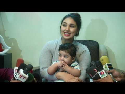 Xxx Mp4 Apu Biswas PRESS Conference With Her Baby Uncut Full Video HD 3gp Sex