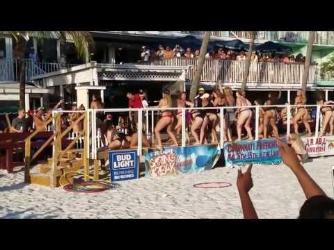 Fail en un concurso amateur de mover el culo en la playa