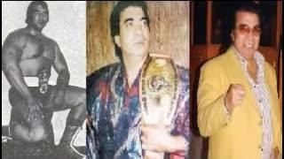 ممدوح فرج بطل العالم 5 مرات فى المصارعة وصور نادرة له