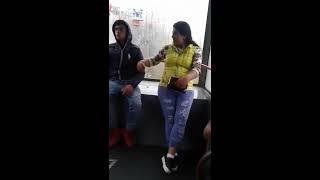 Tigani batuti in tramvaiul 41 din cauza manelelor (fixed)