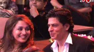 Madhuri dixit requests Shahrukh khan to quit smoking