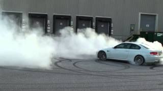 BMW M3 E92 coupe - Crazy Donuts and Burnout!