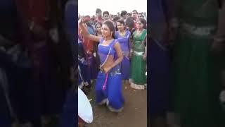 Hot Desi Girl Mass  Dance on Dhol in Village / B4 BANJARA