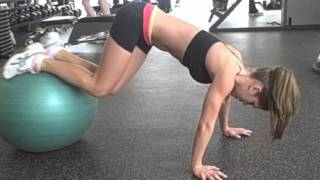 Blast Your Lower Abs With This 6 Minute Abs Workout