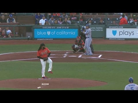 LAD@SF: Utley scores game's first run on Cueto's balk