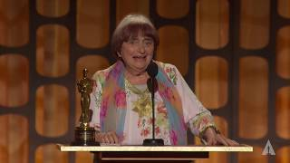 Agnes Varda receives an Honorary Award at the 2017 Governors Awards -Extended Cut