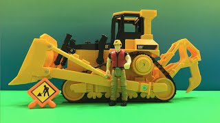 CAT Bulldozer Mighty Machines - Job Site Machine Set - Mighty Wheels by DisneyToysReview