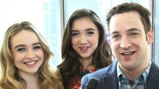 'Girl Meets World' Stars Fan Out For Selena Gomez