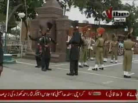 Patriotic Pakistani sikh sardar At Waga Border Ceremony 14th August 2008.Shows India His Pakistani Flag Part 3 4