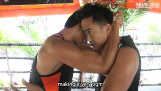 Basic Muay Thai Techniques By Champions: Knees From the Clinch