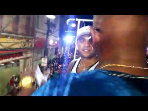 Preto de Luxo e la fúria Carnaval de Salvador 2017 Boloco as Transformistas Sacraproduções
