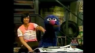Classic Sesame Street   Musical Chairs with Grover