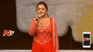 Anchor Suma About Mega Heroes @ Khaidi No 150 Pre Release Event || Mega Star Chiranjeevi,