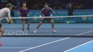 Bryan Brothers Around Net Hot Shot In London Finale