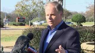 Jones Chides Moore Over Pa. Trip As Vote Nears