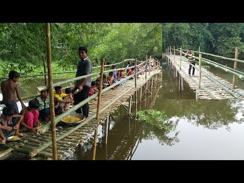 Xxx Mp4 Build Bamboo Bridge For Villagers To Cross Sub River Chicken Hodgepodge Cooking To Feed Builders 3gp Sex