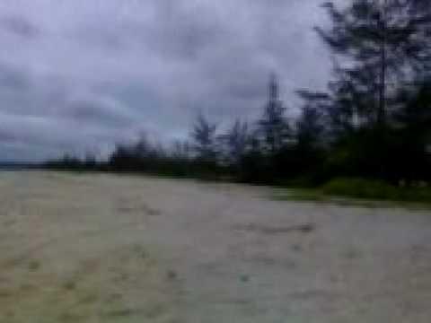 LASKAR PELANGI ISLAND