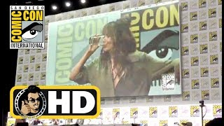 Halle Berry chugs whiskey at KINGSMAN 2: THE GOLDEN CIRCLE Comic-Con Panel - SDCC 2017