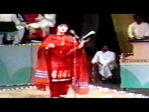 Tana Bajarkam By Nasseema Shaheen [PUSHTO SONG]