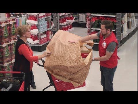 Ellen s Hidden Camera Prank on Unsuspecting Holiday Shoppers