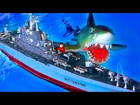 Russian Atomic Aircraft Carrier RC Shark Attack Cheap Warship Toy Pool Fun