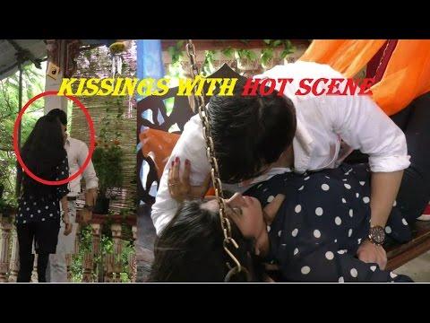Yeh Rishta Kya Kehlata Hai-Watch Romantic Scene Between Kartik and Naira!!