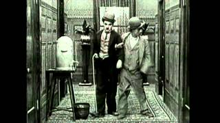 Carlitos se Diverte - Charlie Chaplin
