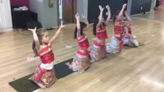 Pearly Shells hula dance