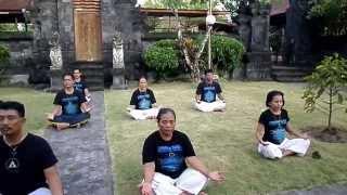WAJIB. Cara mendatangkan KEBAHAGIAAN dan KEBERUNTUNGAN untuk anda dengan meditasi ebs