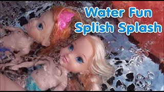 Anna and Elsa Swimming pool water park Frozen Petite Toddlers videos disney dolls new Toys In Action