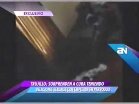 Padre FLAGRADO fazendo sexo com a mulher CASADA na igreja