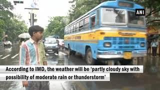 Rain lashes Kolkata, leads to waterlogging in several areas
