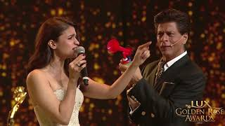 Lux Golden Rose Awards: Shah Rukh Khan and Alia Bhatt game of unstoppable