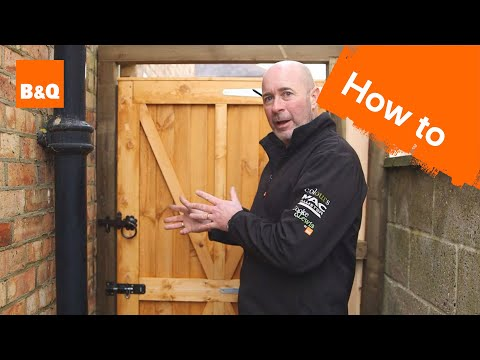 How to fit a garden gate