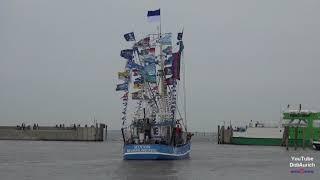 51. Kutterregatta Neuharlingersiel 2017 Hafenfest Ostfriesland Nordsee Regatta der Krabbenkutter