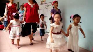 Khai giảng trường mầm non Hoa Anh Đào 2014(3)