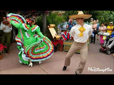 Xxx Mp4 Beautiful Holiday Folklorico Dancers Showcase Mexico At Epcot 3gp Sex