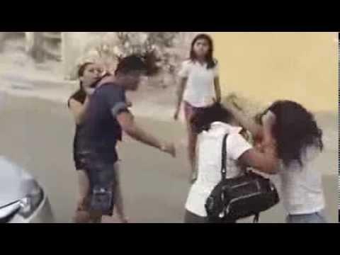 Pelea de chicas y padres alavés