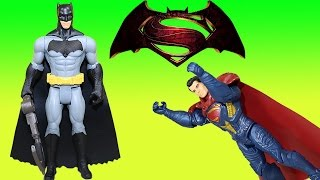 Batman V Superman Grapnel Blast Batman confronts Epic Battle Superman! What's Going on?!
