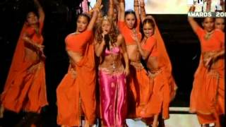 MTV Video Music Awards 2006   Shakira feat  Wyclef Jean   Hips don't lie]