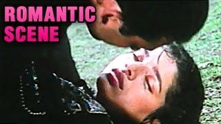 Sanjay Dutt Kissing Neelam | Romantic Scene | Hum Bhi Insaan Hain | Jackie Shroff, Neelam | HD