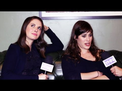 Xxx Mp4 Alison Brie Lizzy Caplan Dish Sex Scenes At Sundance 3gp Sex