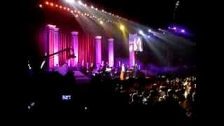 Broadway Medley - Regine Velasquez and Martin Nievera (Voices Of Love 2014)