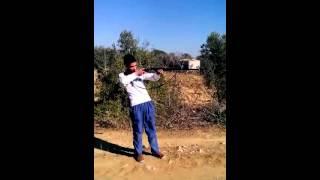 Tüfeği ilk kez sıkan ve çarpılan çocuk