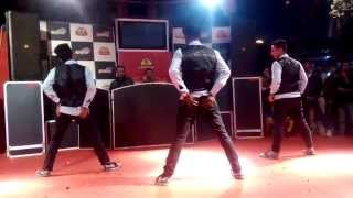 Ankh mare wo ladka | Bollywood & hip hop | conquest dance crew | new year show 2015
