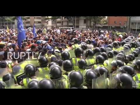 Venezuela: Protesters demand elections on streets of Caracas